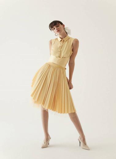 Rue Belden Bağlama Detaylı Kısa Gömlek Sarı